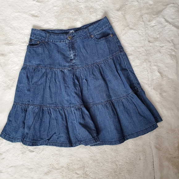 Vintage Dynamite denim skirt sz 7 or 6 mod…